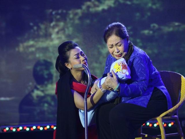 Nghệ sĩ Ngọc Hương tham gia hỗ trợ cho thí sinh trong chương trình Đường đến danh ca vọng cổ