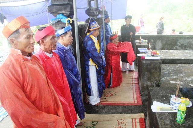 Lễ nghinh thần tại làng Trung An, Hải Khê