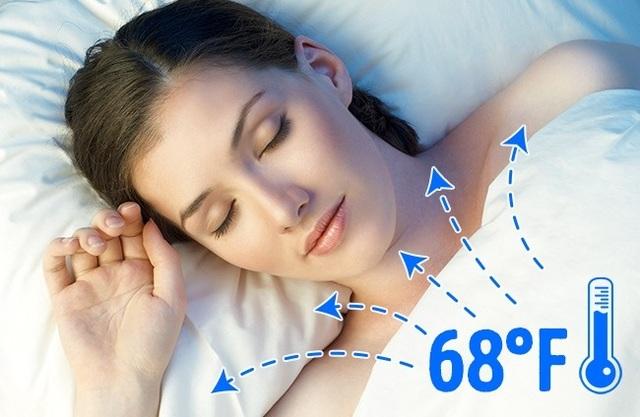"""10 lý do vì sao nên ngủ """"nuy""""? - 1"""