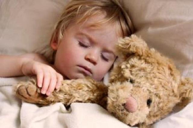 Ngưng thở khi ngủ ở trẻ em có thể làm chậm sự phát triển trí não - 1