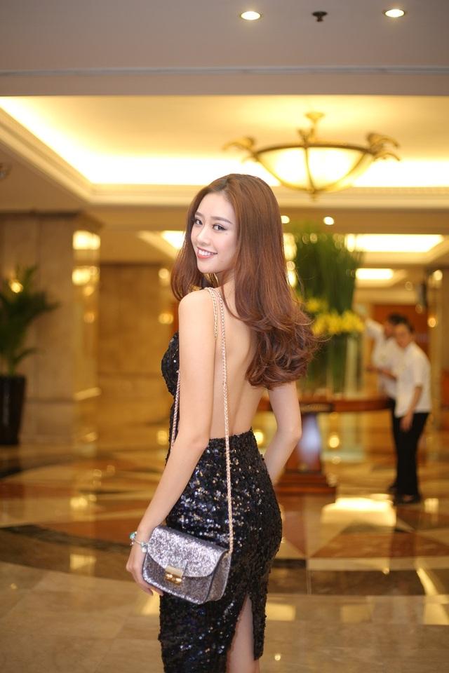 Người đẹp áo dài Khánh Vân