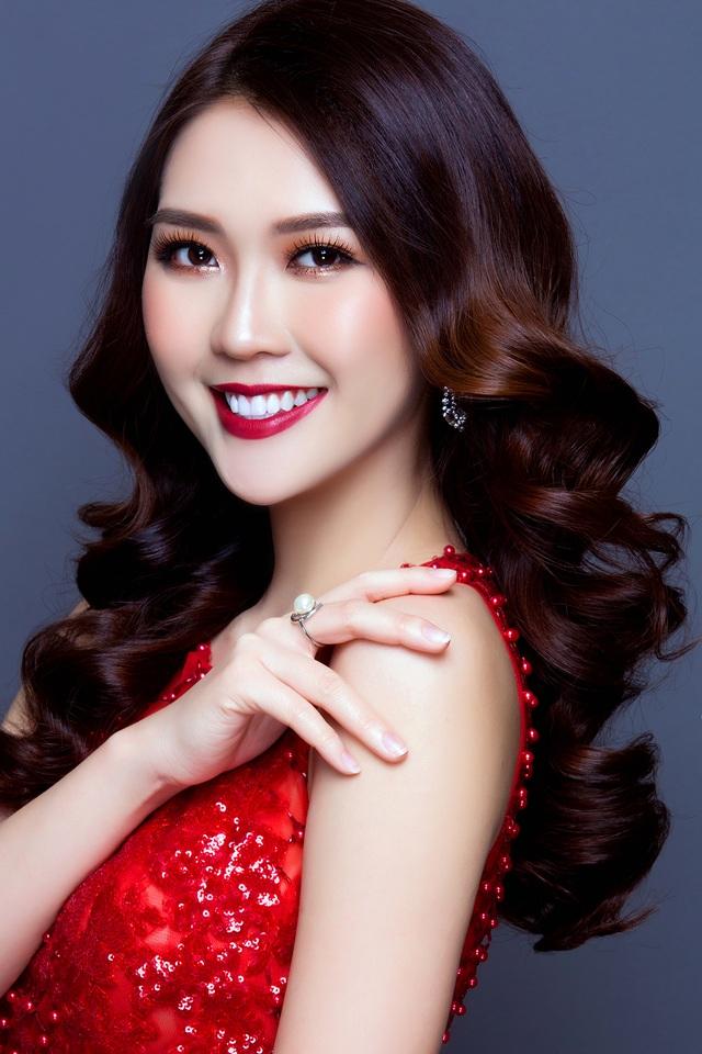 Hoa khôi 9X Phú Yên đẹp quyến rũ, sở hữu thành tích học tập đáng nể - 3
