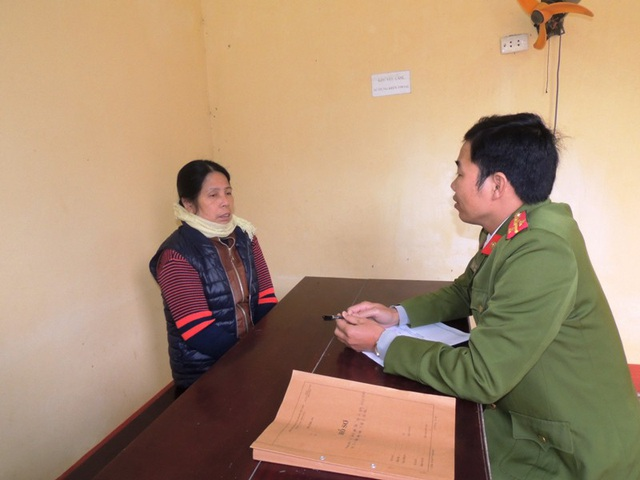 Bà Nguyễn Thị Hàn tại cơ quan Công an (ảnh: Công an Hà Nam)