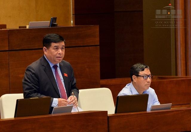 Bộ trưởng Nguyễn Chí Dũng khẳng định sẽ tiếp tục tiếp thu và hoàn thiện dự luật để trình Thường vụ Quốc hội lần cuối trong thời gian tới.