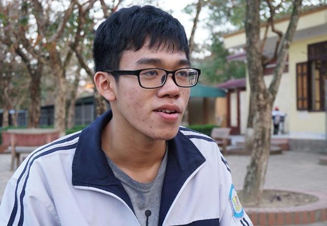 Nguyễn Lưu Cảnh Hào giành được 4 suất học bổng du học Mỹ, trong đó có học bổng Tổng thống dành tặng cho sinh viên quốc tế.