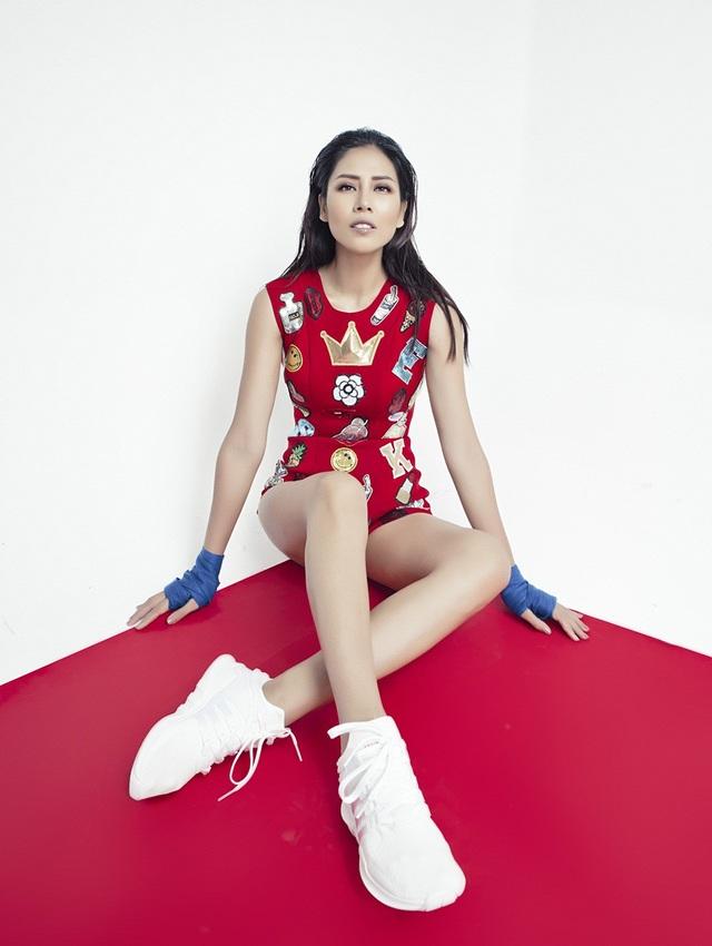 Nguyễn Thị Loan bốc lửa, gợi cảm khó cưỡng trước thềm chinh chiến Miss Universe - 16