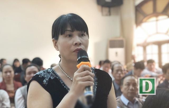 """Cử tri Nguyễn Thị Thanh Hương: Tại sao sai phạm của chính quyền lại để người dân và doanh nghiệp gánh chịu?"""""""