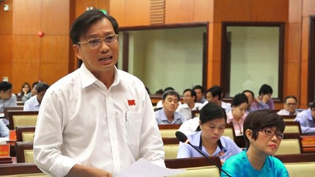 Đại biểu Nguyễn Văn Đạt
