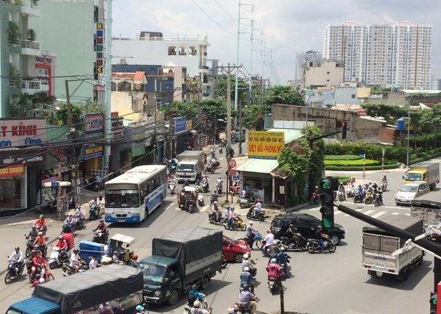 Đây là tuyến đường nối giữa nút giao thông Phú Lâm (quận 6) và nút giao thông Bà Quẹo (quận Tân Bình, Tân Phú)
