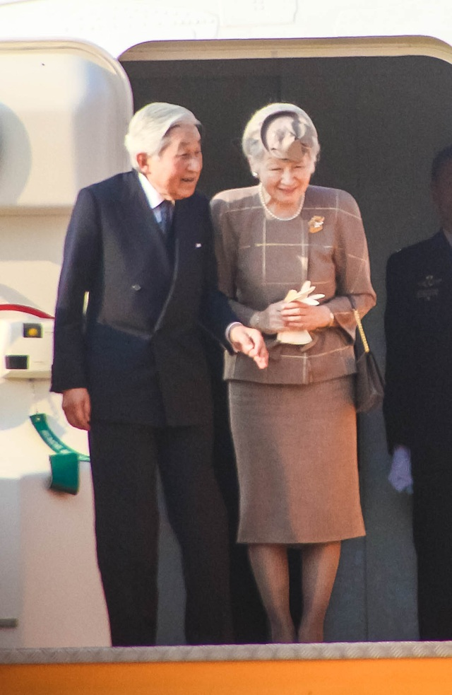 Nhật hoàng Akihito và Hoàng Hậu Michiko