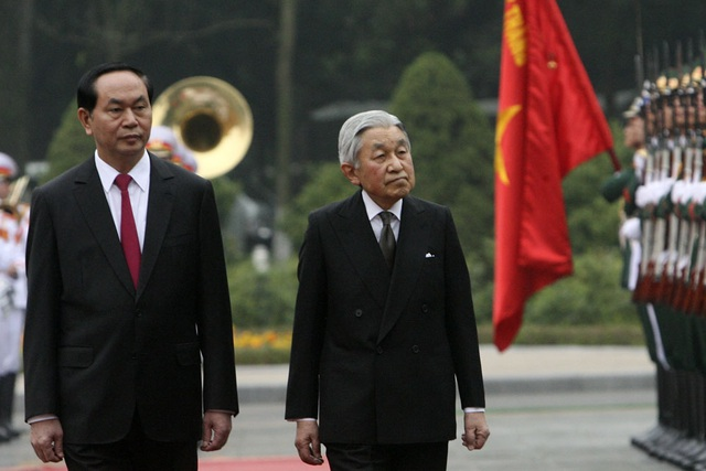 Chủ tịch nước Trần Đại Quang chủ trì lễ đón chính thức Nhà vua Nhật Bản Akihito và Hoàng hậu