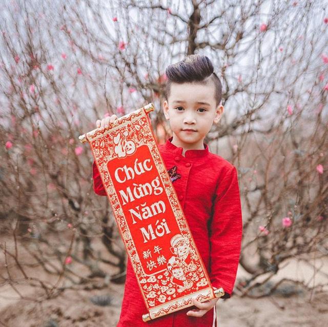 Hot boy nhí Hà thành