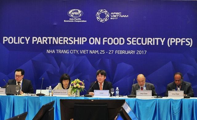 Diễn đàn đối tác chính sách về An ninh lương thực (PPFS) đang diễn ra tại TP Nha Trang, Khánh Hòa