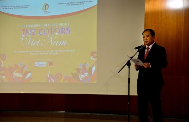 Thứ trưởng Bộ VHTT&DL Lê Khánh Hải phát biểu.