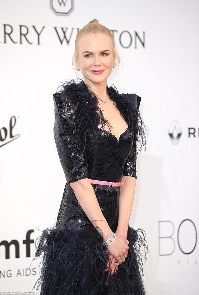 Nicole Kidman,50 tuổi vẫn đẹp rạng ngời