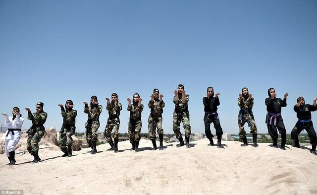 Sau 22 năm, câu lạc bộ đào tạo Ninja đã thu hút 24.000 người tham gia. (Ảnh: Dailymail)