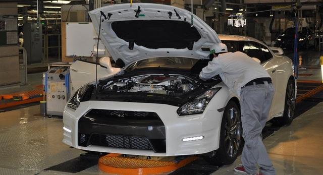 Sau gần 1 tháng tạm dừng, Nissan nối lại sản xuất tại Nhật Bản - 1