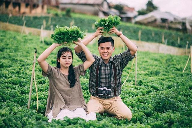 Họ học cùng nhau từ những ngày thơ bé. Và khi lớn lên, những rung động đầu đời của anh chàng Minh Cường đã dành cho cô bạn cùng lớp Hồng Lĩnh.