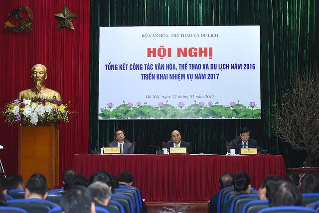 Đại diện các đầu cầu cũng có những báo cáo hết sức cụ thể lên Thủ tướng, Phó Thủ tướng và Bộ trưởng. Ảnh: HN.
