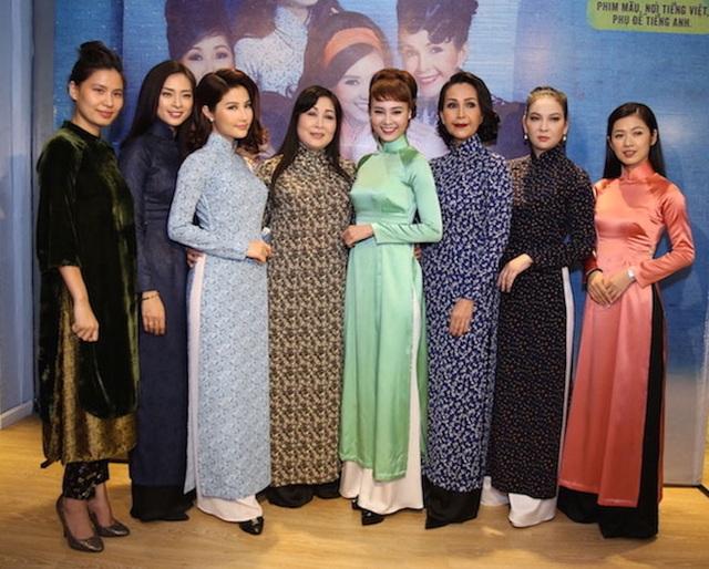 Bộ phim điện ảnh Cô Ba Sài Gòn dự kiến được bấm máy vào đầu tháng 4 và sẽ ra rạp vào mùa thu năm 2017.