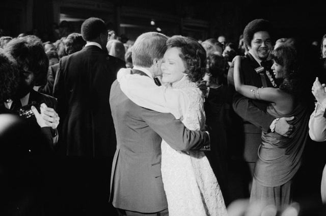 Tổng thống Jimmy Carter và Đệ nhất phu nhân tại tiệc khiêu vũ ăn mừng nhậm chức vào tháng 1/1977.