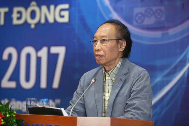 Nhà báo Phạm Huy Hoàn - Tổng biên tập Báo Điện tử Dân trí, Trưởng ban tổ chức Giải thưởng Nhân tài Việt Nam 2017.