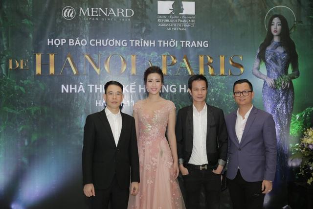 Hoa hậu Đỗ Mỹ Linh trở thành nàng thơ mới của NTK Hoàng Hải (thứ 2 từ phải sang).