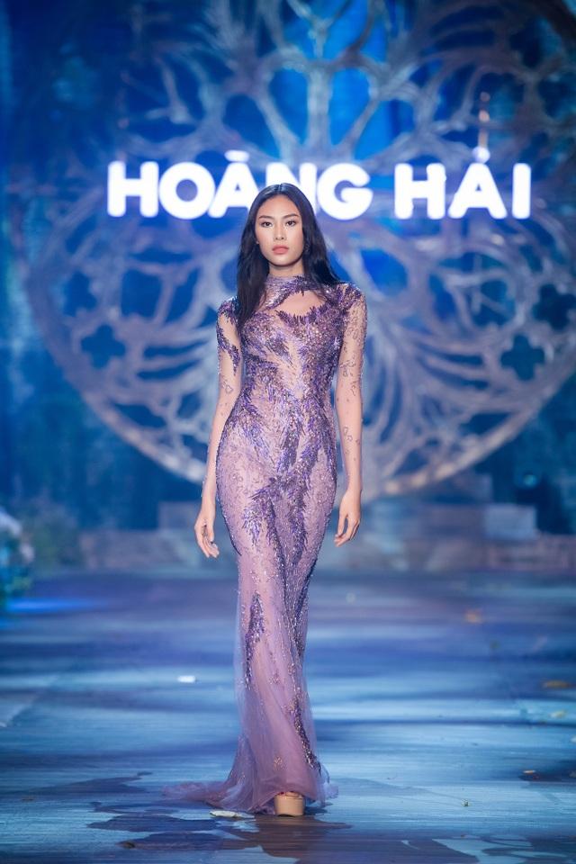 Mai Phương Thúy, Thủy Top tái xuất thưởng lãm BST Kim cương tím - 14