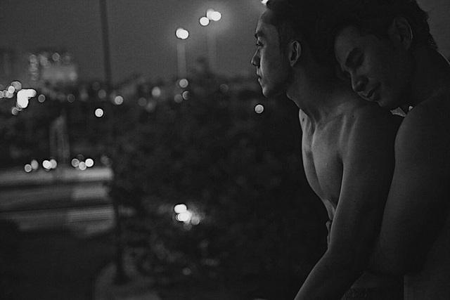 """Hai hot boy của Vũ Ngọc Đãng gây """"sốc"""" với nụ hôn đồng tính - 9"""