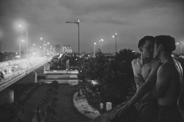 """Hai hot boy của Vũ Ngọc Đãng gây """"sốc"""" với nụ hôn đồng tính - 7"""