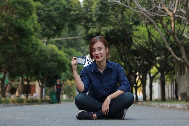Lúc bình thường, nữ kỹ sư ngành ô tô trong tương lai Minh Hiếu rất nữ tính.