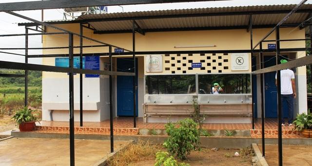 Một công trình nhà vệ sinh đến với trường học ở vùng sâu, vùng xa.