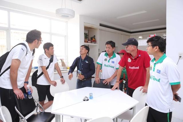 Ngoài việc thi đấu giao hữu, đại diện phía CLB Kawasaki còn thăm cơ sở vật chất của học viện Nutifood, để bàn hướng phát triển bóng đá trẻ tại các quốc gia Đông Nam Á, trong đó có Việt Nam