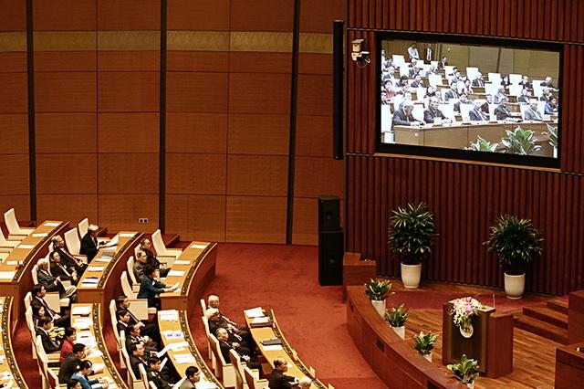 Toàn cảnh phiên họp Quốc hội sáng 23/10. (Ảnh: Việt Hưng).