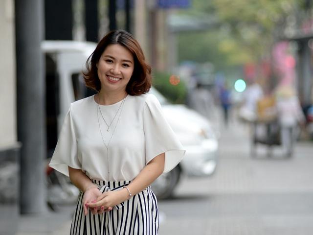 Diễn viên Lê Khánh nổi tiếng cả ở lĩnh vực điện ảnh, hài và ở sân khấu kịch.