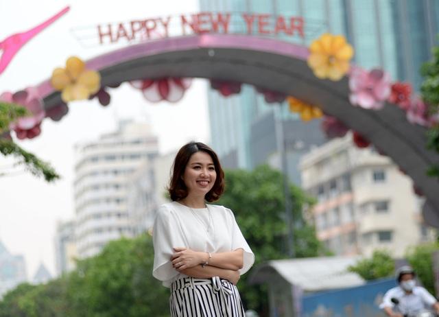 Trong sự nghiệp diễn xuất, Lê Khánh cũng đạt được những giải thưởng đáng chú ý, như Diễn viên phụ xuất sắc nhất của HTV Awards trong 2 năm liên tiếp và đoạt 4 giải Mai Vàng liên tiếp cho Nữ diễn viên sân khấu được yêu thích nhất.