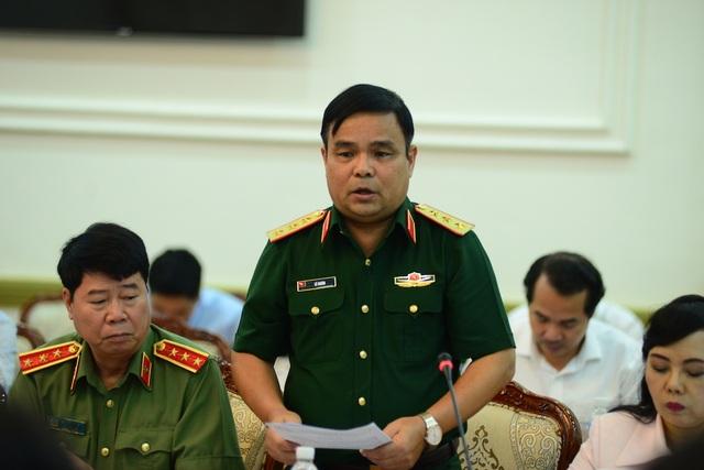 Thượng tướng Lê Chiêm cho biết, Bộ Quốc phòng đã chỉ đạo dừng tất cả các dự án trong sân golf Tân Sơn Nhất (Ảnh: Nguyễn Quang)