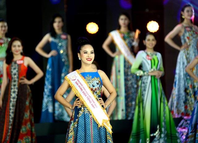 """Bí quyết """"bắn tiếng Anh như gió"""" của Á khôi 1 Sinh viên Việt Nam 2017 - 5"""