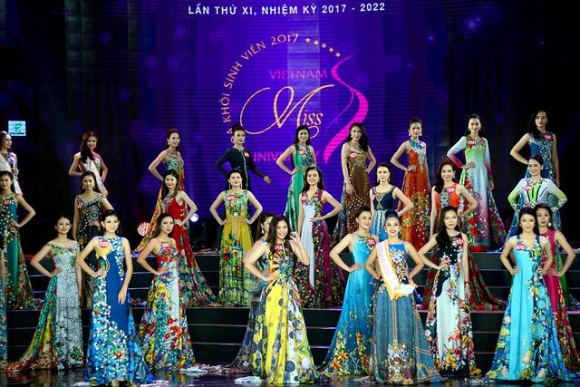 45 thí sinh vào vòng chung kết trong trang phục dạ hội