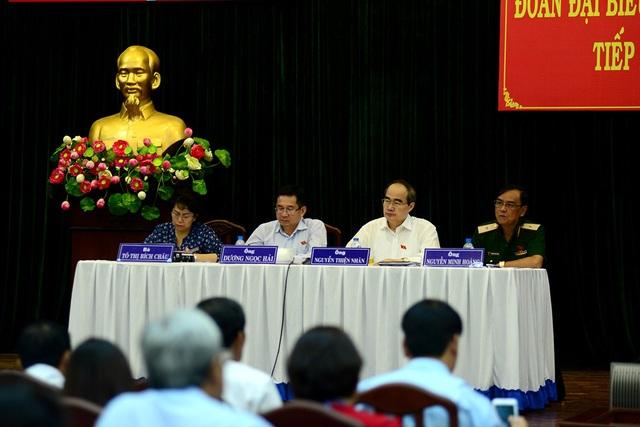 Đoàn Đại biểu Quốc hội TPHCM tiếp xúc cử tri quận 7.