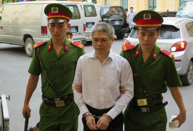 Bị cáo Nguyễn Xuân Sơn.