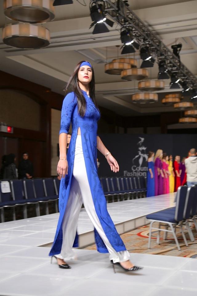 BST áo dài Việt nói không với người mẫu siêu gầy.