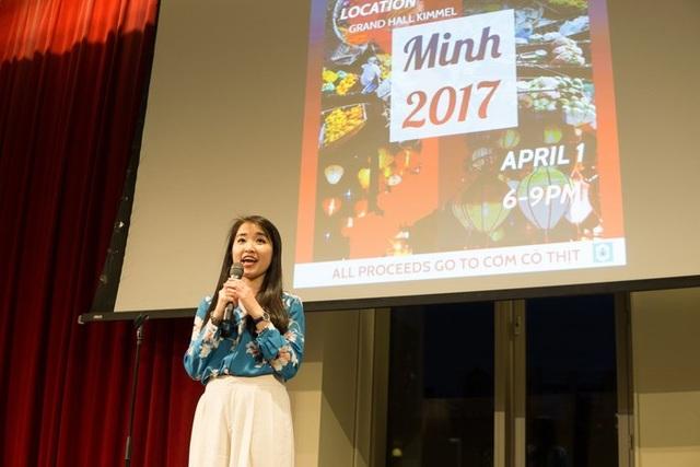 Đỗ Xuân Linh – Chủ tịch Hội SV Việt tại ĐH New York giới thiệu chương trình.