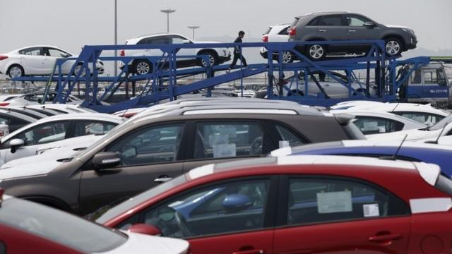 Việt Nam ngày càng nhập nhiều xe giá rẻ hơn - 1