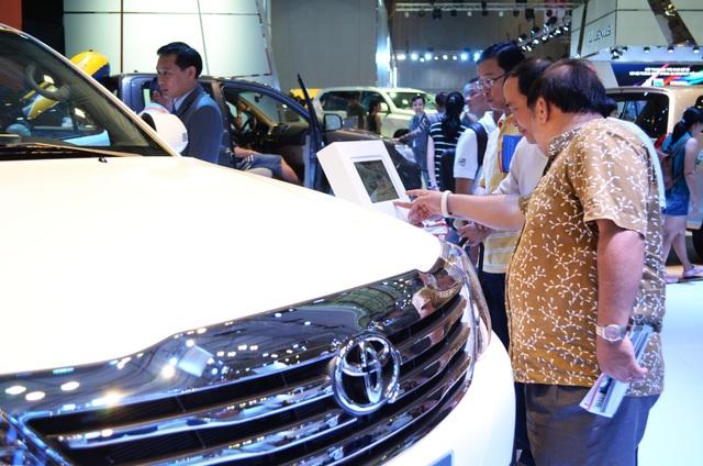 Nhập khẩu ô tô từ ASEAN ngày càng lớn khiến Việt Nam có thể trở thành thị trường tiêu thụ của các nước (ảnh minh hoạ)