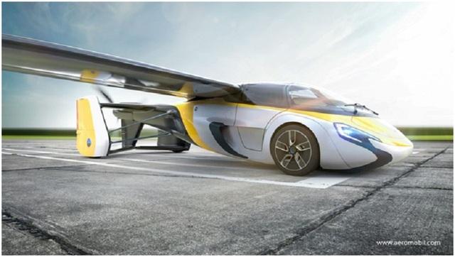 AeroMobil đạt tốc độ tối đa 160km/h khi chạy trên đường và khi bay, nó có thể đạt tốc độ tối đa 200km/h.