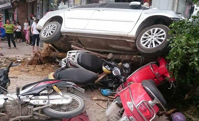 Hiên trường vụ tai nạn (Ảnh: Nguyễn Thành Luận)