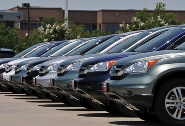 Nhiều bất cập trong quản lý ô tô công ở nước ngoài - 1