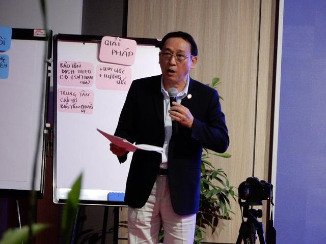 Ông Huỳnh Tấn Vinh - Chủ tịch Hiệp hội du lịch Đà Nẵng phát biểu tại hội thảo
