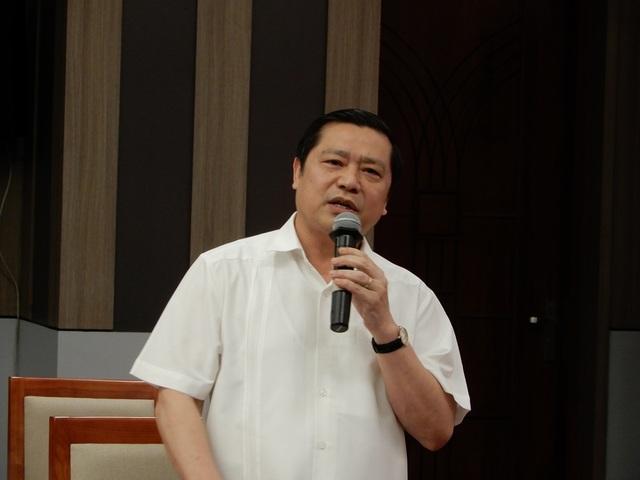Ông Lại Xuân Môn phát biểu tại phiên họp